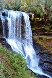 Szenischer Hochland-Wasserfall Lizenzfreie Stockbilder