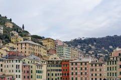 Szenischer Mittelmeer-Riviera-Küste Panoramablick von Camogli zu Lizenzfreies Stockbild
