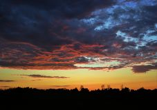 Szenischer Sonnenuntergang Stockfotografie