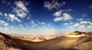 Szeroka panorama na pustyni z cloudscape Fotografia Stock
