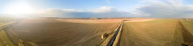Szeroka panorama rolniczy teren obrazy stock