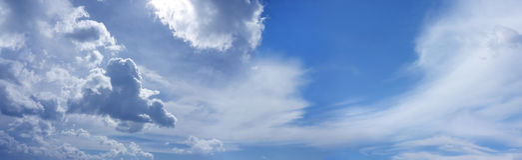 Szeroki lata niebieskiego nieba strony internetowej sztandar Fotografia Royalty Free