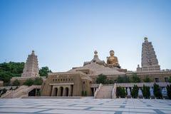 Szeroki widok główna Buddha rzeźba Fo Guang shanu Buddha pomnika centrum Kaohsiung zdjęcie royalty free