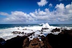 Szeroki widok od fal przy Tenerife wyspą obraz stock