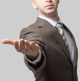szeroko rozpościerać biznesmen ręka Obrazy Stock