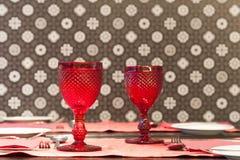szkła wino restauracyjny stołowy Zdjęcie Stock