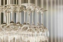 szkła wino restauracyjny stołowy Zdjęcie Royalty Free