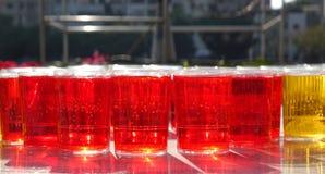 Szkła Wypełniający z Czerwonym cieczem fotografia royalty free