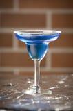 Szkło błękitny wino Zdjęcia Royalty Free
