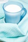 Szkło gorący mleko Zdjęcie Royalty Free
