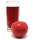 Szkło jabłczany sok z czerwonym jabłkiem odizolowywającym Fotografia Royalty Free