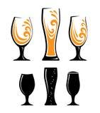 Szkło sok pomarańczowy i czarne sylwetki ilustracji