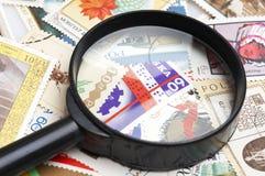szkło zbierania powiększyć znaczków Fotografia Royalty Free
