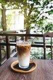 Szkło lukrowa latte kawa Fotografia Stock