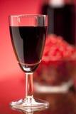 Szkło owocowy czerwone wino Obraz Royalty Free