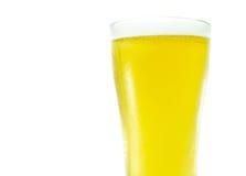 Szkło piwo na bielu Zdjęcia Stock