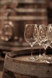 Szkło wino w wino lochu Obraz Royalty Free