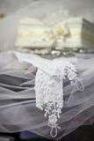 Szkatuła i rękawiczki dla poślubiać Zdjęcia Stock