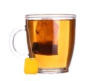Szklana filiżanka herbata z cytryną i mennicą odizolowywającymi na bielu Zdjęcia Stock
