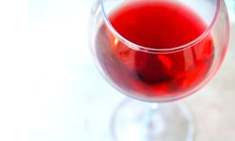 szklana zbliżony do win czerwonych zdjęcia stock