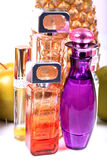 Szklane błękitne pachnidło butelki Fotografia Royalty Free