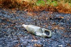 Szklane butelki palić ogieniem Obraz Stock