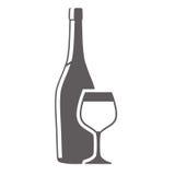 szklanej butelki i filiżanki alkohol Zdjęcia Stock