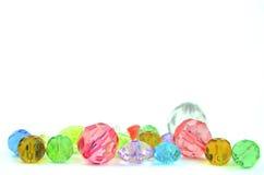 Szklani koraliki na bielu Obraz Stock