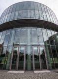 Szklany budynku audytorium akademia muzyka w Poznańskim Zdjęcia Stock