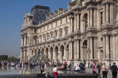 szklany louvre muzeum ostrosłup Obraz Royalty Free