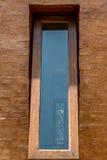 Szklany okno z drewnianą ramą Zdjęcia Royalty Free
