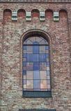 Szklany okno z witraży okno na wierzchołku kościół Zdjęcia Royalty Free