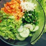 Szklany puchar z cutted warzywami dla sałatki Zdjęcie Royalty Free