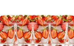 szklanych połówek lodowa truskawka Obrazy Royalty Free