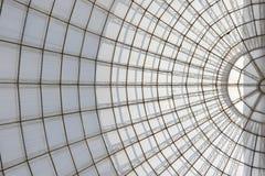 Szklarniana symetryczna kopuły struktura widzieć spod spodu zdjęcia stock