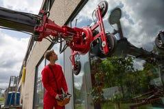 Szklarza operacyjny szklany instalacyjny żuraw obrazy royalty free