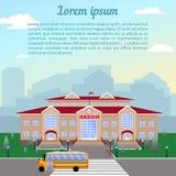 Szkoła, klasyka lekki beżowy ceglany dom z czerwień dachem, zegar, flaga, gazon i autobus szkolny, ilustracja wektor