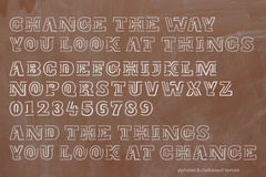 Szkoła, retro stylowi abecadło listy i liczby nad chalkboard teksturą, Zdjęcia Royalty Free