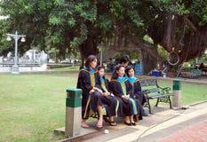 Szkoła wyższa absolwenci fotografia stock
