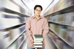 szkoła wyższa biblioteki uczeń Zdjęcie Royalty Free