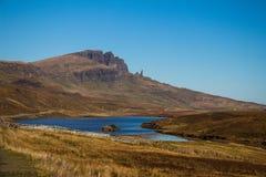 Szkocja średniogórzy wycieczki samochodowej jesieni góry barwią Ecosse Du Nord góry Zdjęcie Stock