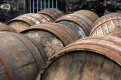 Szkockie baryłki przy whisky destylarnią, Szkocja fotografia stock