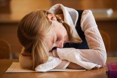 Szkolna dziewczyna śpi Zdjęcie Royalty Free