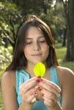 szkotowy dziewczyny drzewo Obrazy Royalty Free