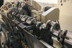 Szlifierscy crankshafts, zamykają up zdjęcie royalty free
