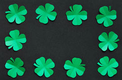 Szmaragdowa zielonego papieru shamrock liści granicy koniczynowa rama Fotografia Royalty Free