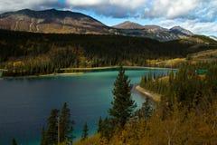 Szmaragdowy jezioro, Yukon terytorium, Kanada Obrazy Royalty Free