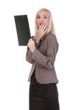 Szokująca biznesowa kobieta patrzeje papier Obrazy Royalty Free
