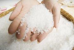 szorować ręce soli Zdjęcia Stock