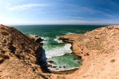 Szorstka kolorowa linia brzegowa, Atlantyk, Maroko Obrazy Stock